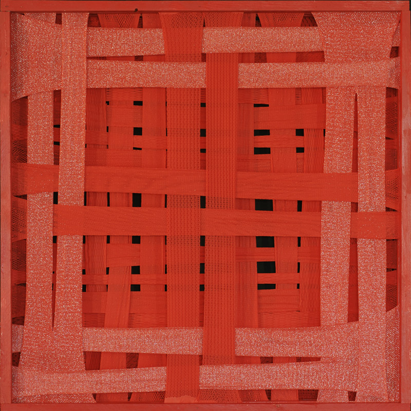 <b>Orderly Red Attractor</b>, 1988<br>Nylon fabric on wood<br>90 x 90 cm - 35.4 x 35.4 in.